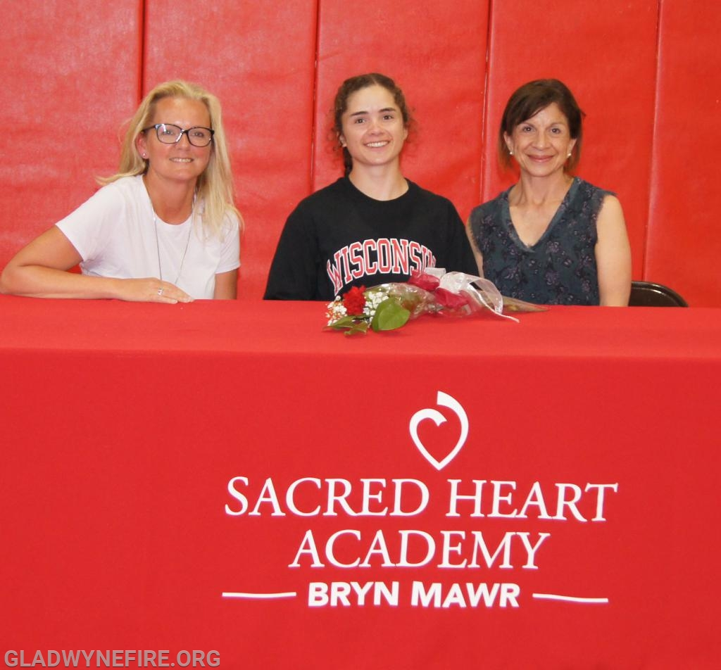 Claire at her signing day!